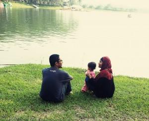 Suami, Najla Dan Saya