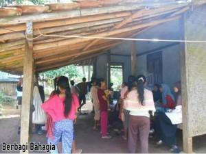 Berbagi Bahagia Bersama TabloidNova.com - Kegiatan Posyandu