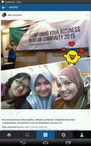 Bersama teman-teman blogger di acara seminar