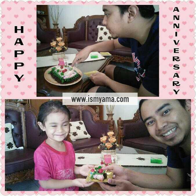 Suami dan anak senang bisa makan tart buatan Bunda