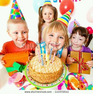 P_stock-photo-group-of-children-at-birthday-party-143372041