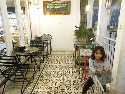 Lantai 2 Mak Semarangan