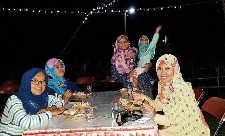 makan malam villa agathis