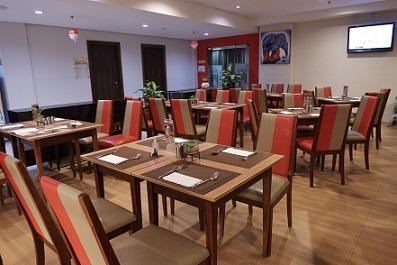 resto atrium premier hotel