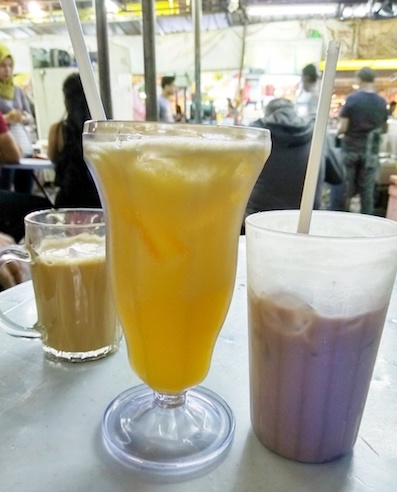 makanan halal di alor street