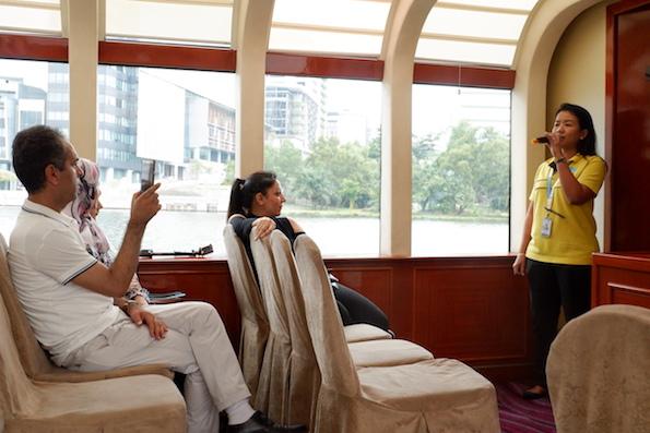 pemandu wisata cruise putrajaya