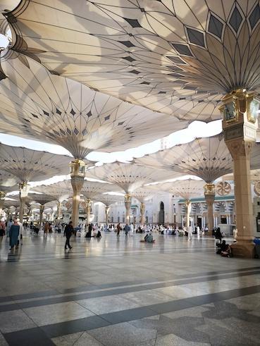 serambi Masjid Nabawi