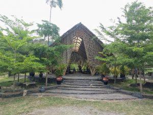 Bamboo Hall Ayam Ingkung Kuali